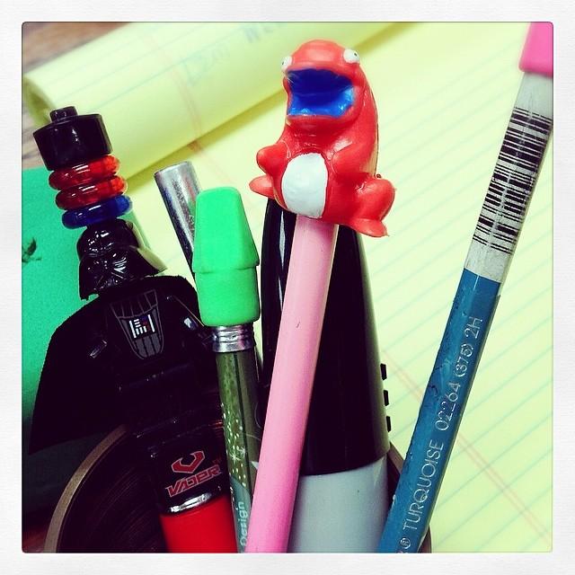 crashlings pensil topper
