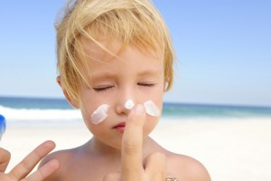 summer skin, safe sunscreens reminders