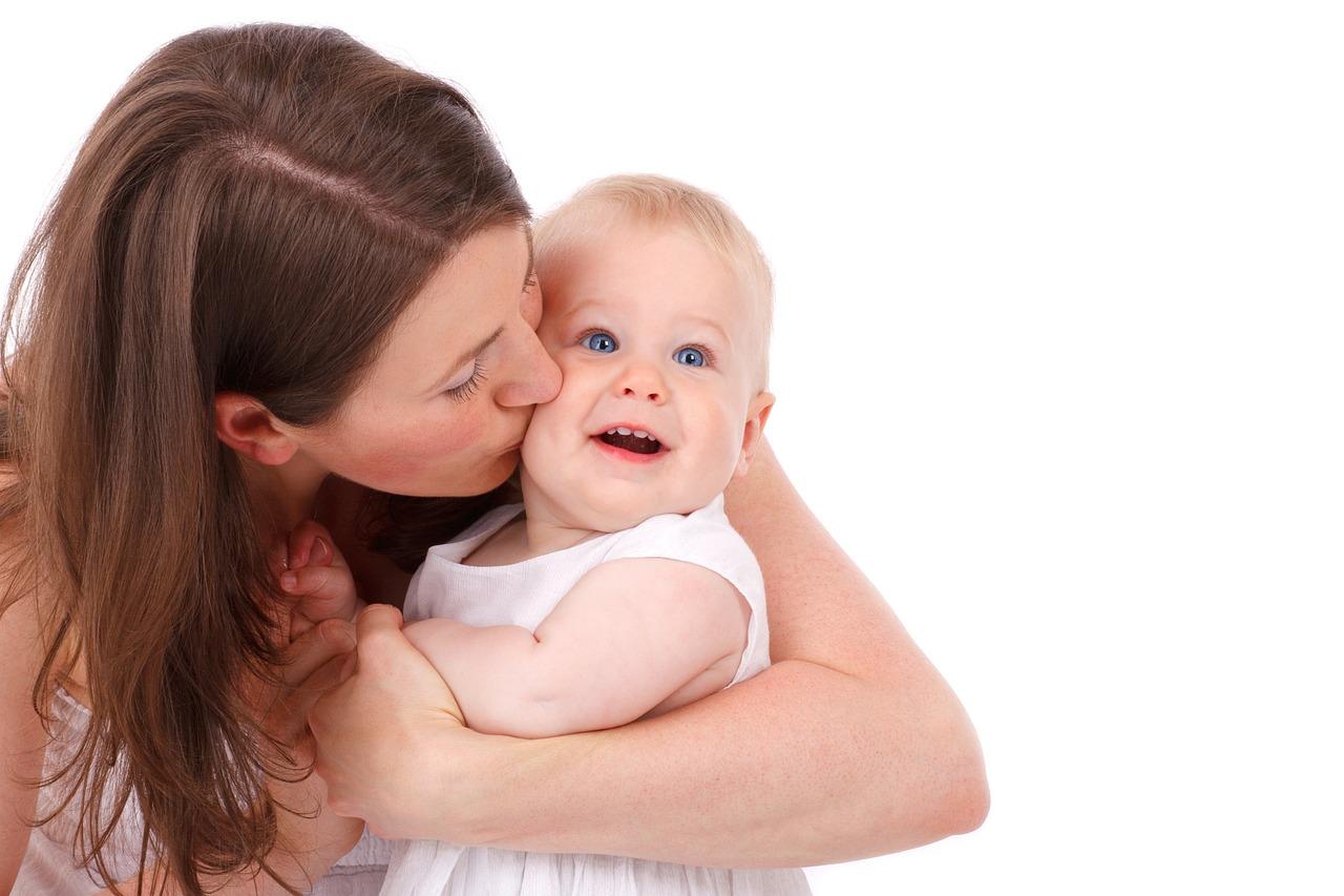 am coffee, amcoffee, baby, mothers, new mom advice, babies, new moms, new mothers, pacifiers