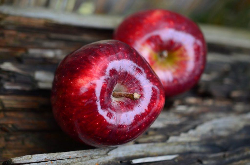 Keep doctor away, apples, amcoffee, am coffee, health tips